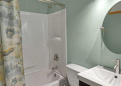 Cabin 31 - Bathroom 1
