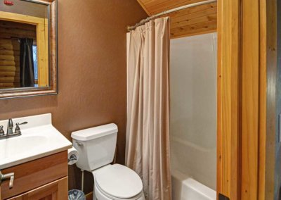 Cabin 45L - Bathroom 2