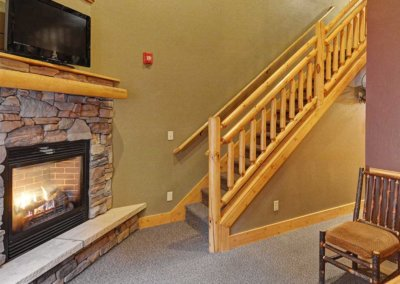 Cabin 45L - Fireplace