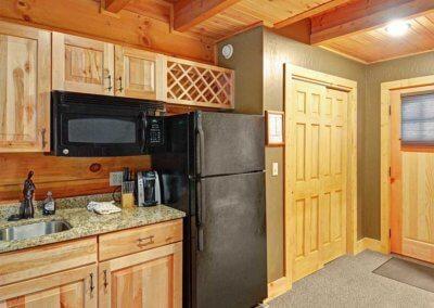 Cabin 46R - Kitchen