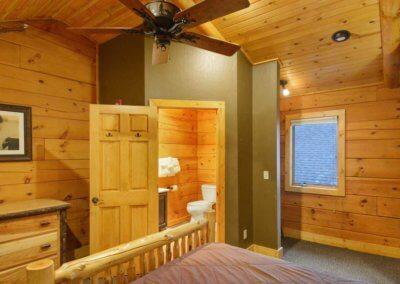 Cabin 48 - Loft Bedroom