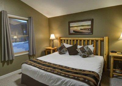 Cabin 5 - Bedroom 2