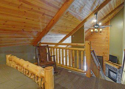Cabin 50L - Loft View