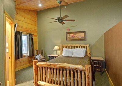 Cabin 46R - Loft Bed