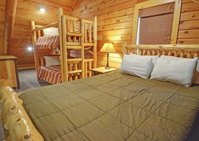 Cabin 50L - Loft Beds